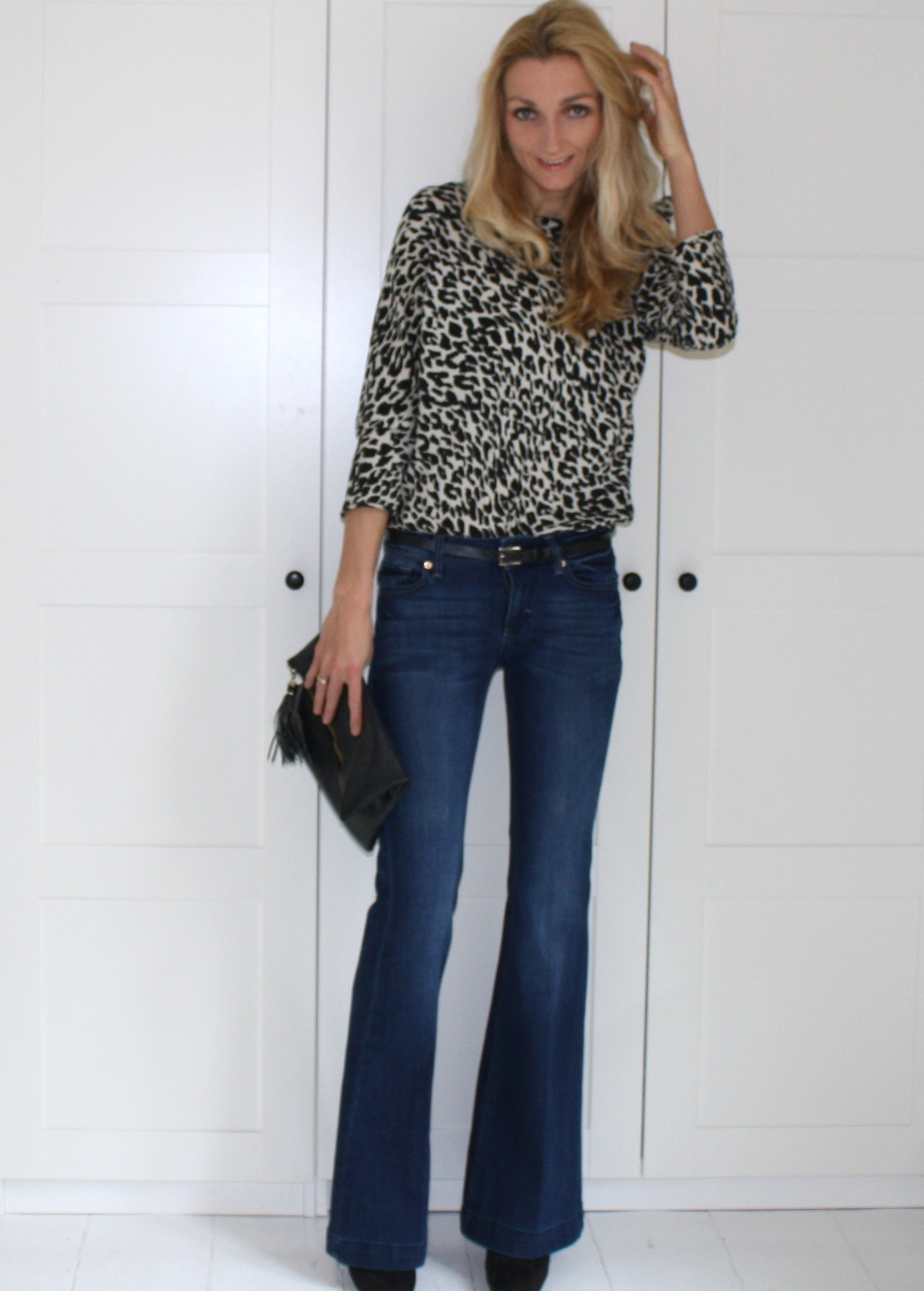 Flared jeans & leopard