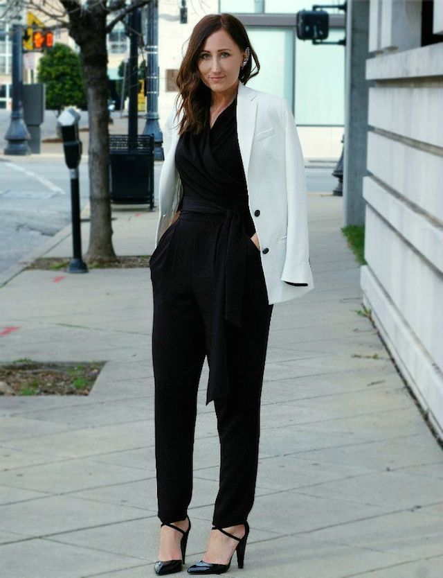 blackjumpsuit77