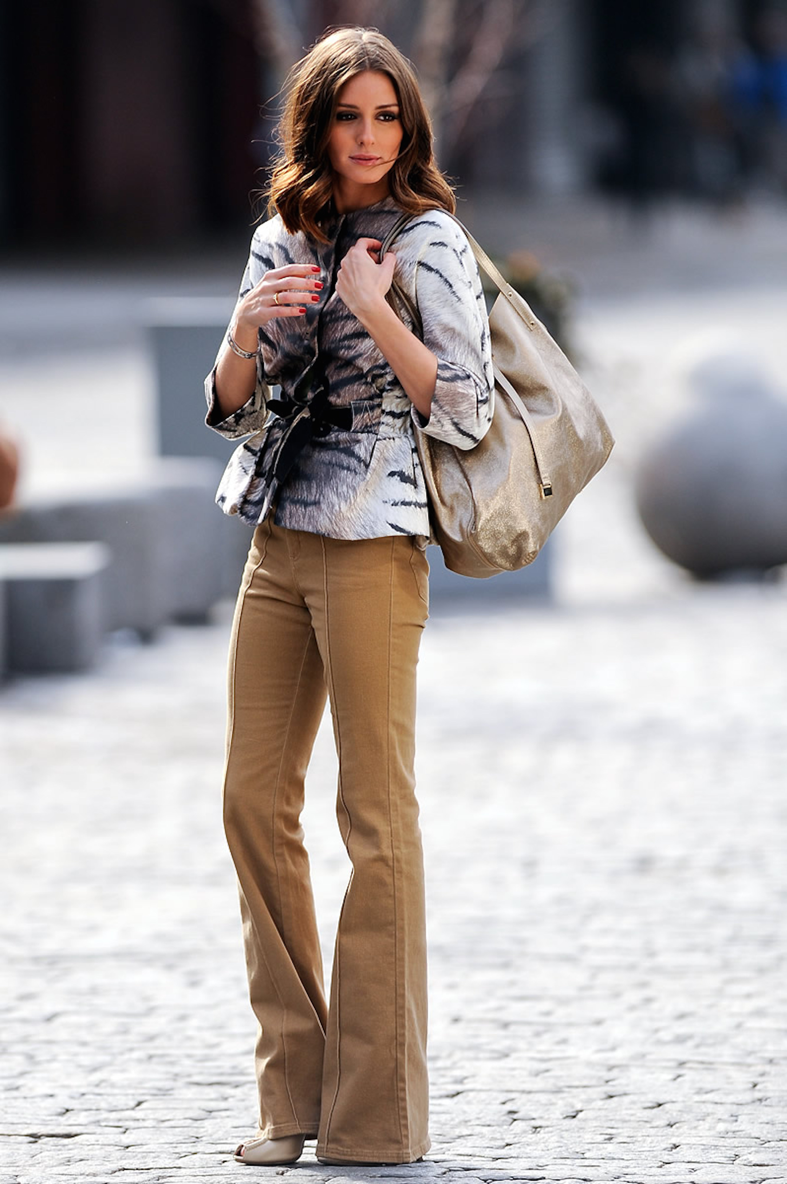 olivia-palermo-flared-trousers