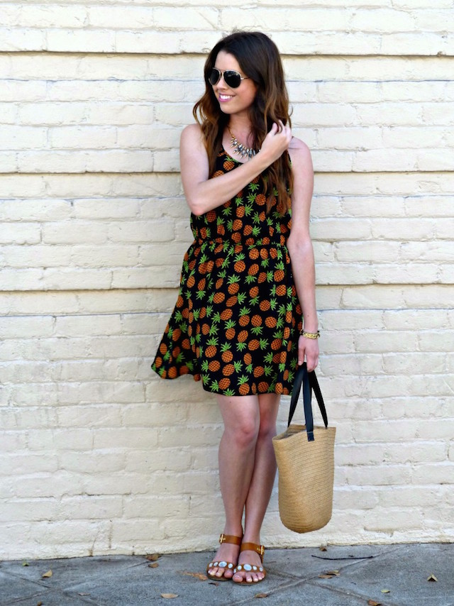 pineapple-print-dress-800x1067