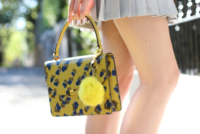 by-chill-fashion-blog-guci-heart-print-blue-and-green-top-handle-bag-and-ruby-nz-lime-green-fur-key-charm